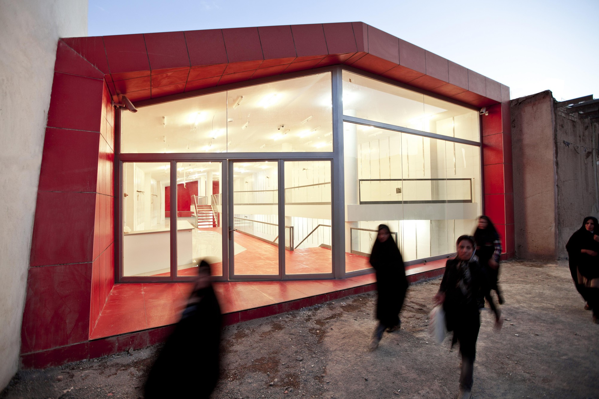 No Name Shop / Iranian Architectural Atelier