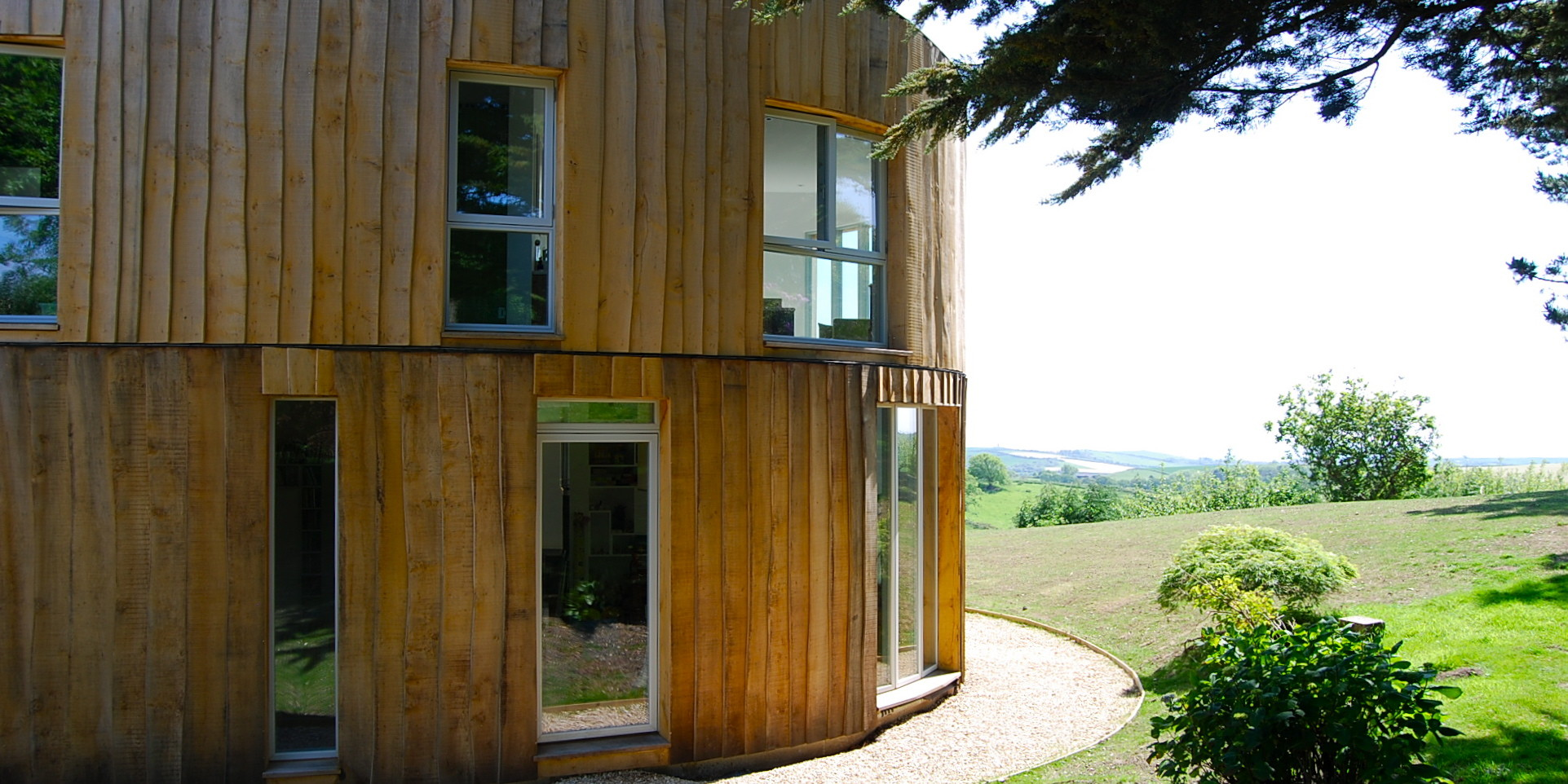 Tree Hut / Barnaby Gunning Architects