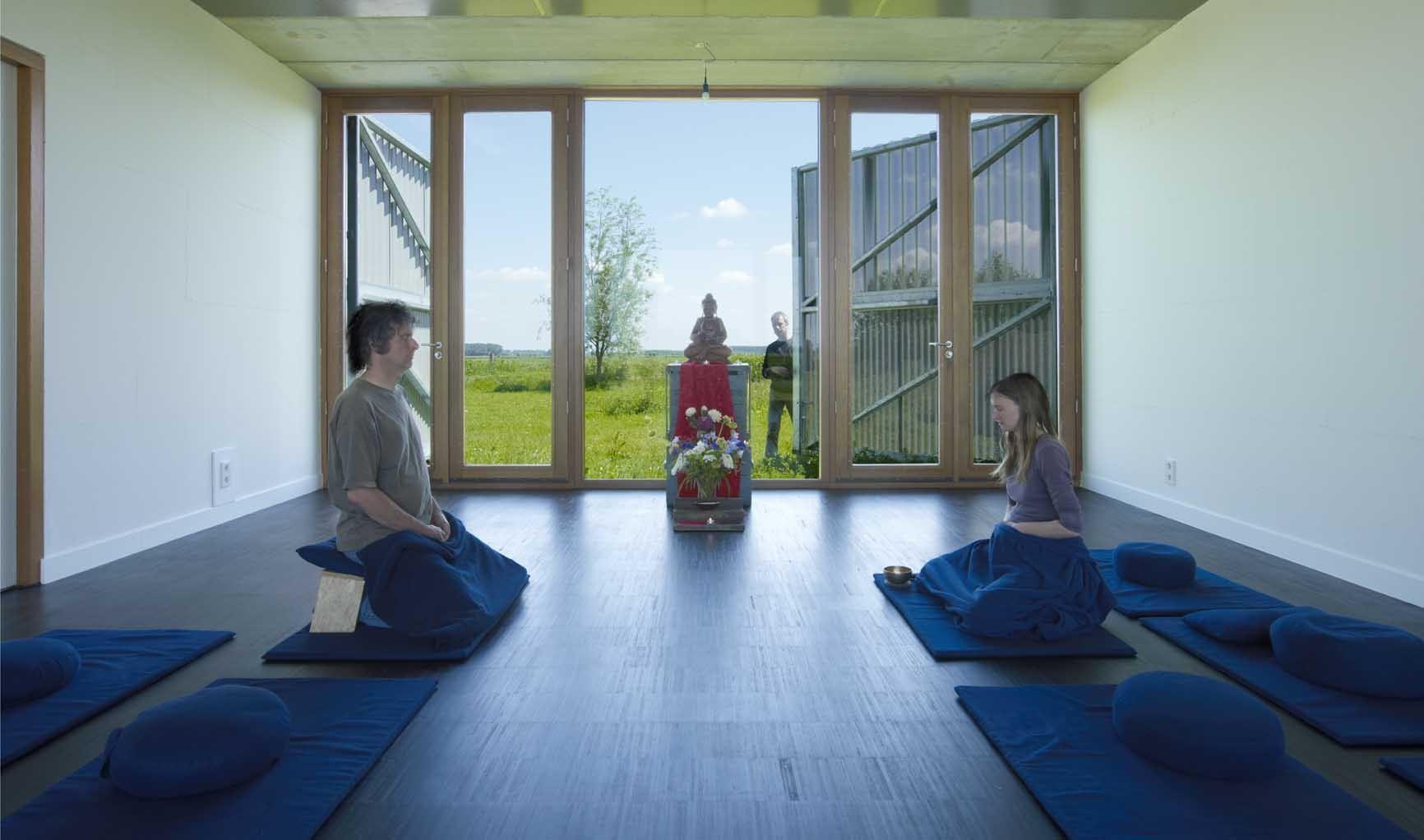 Buddhist Meditation Centre Metta Vihara / bureau SLA