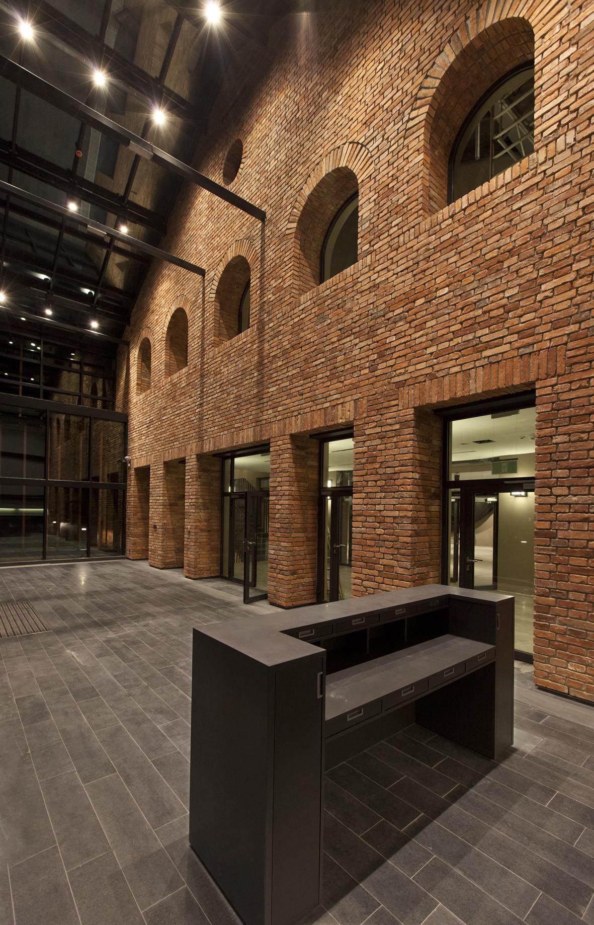 Małopolska Garden of Arts / Ingarden & Ewý Architects