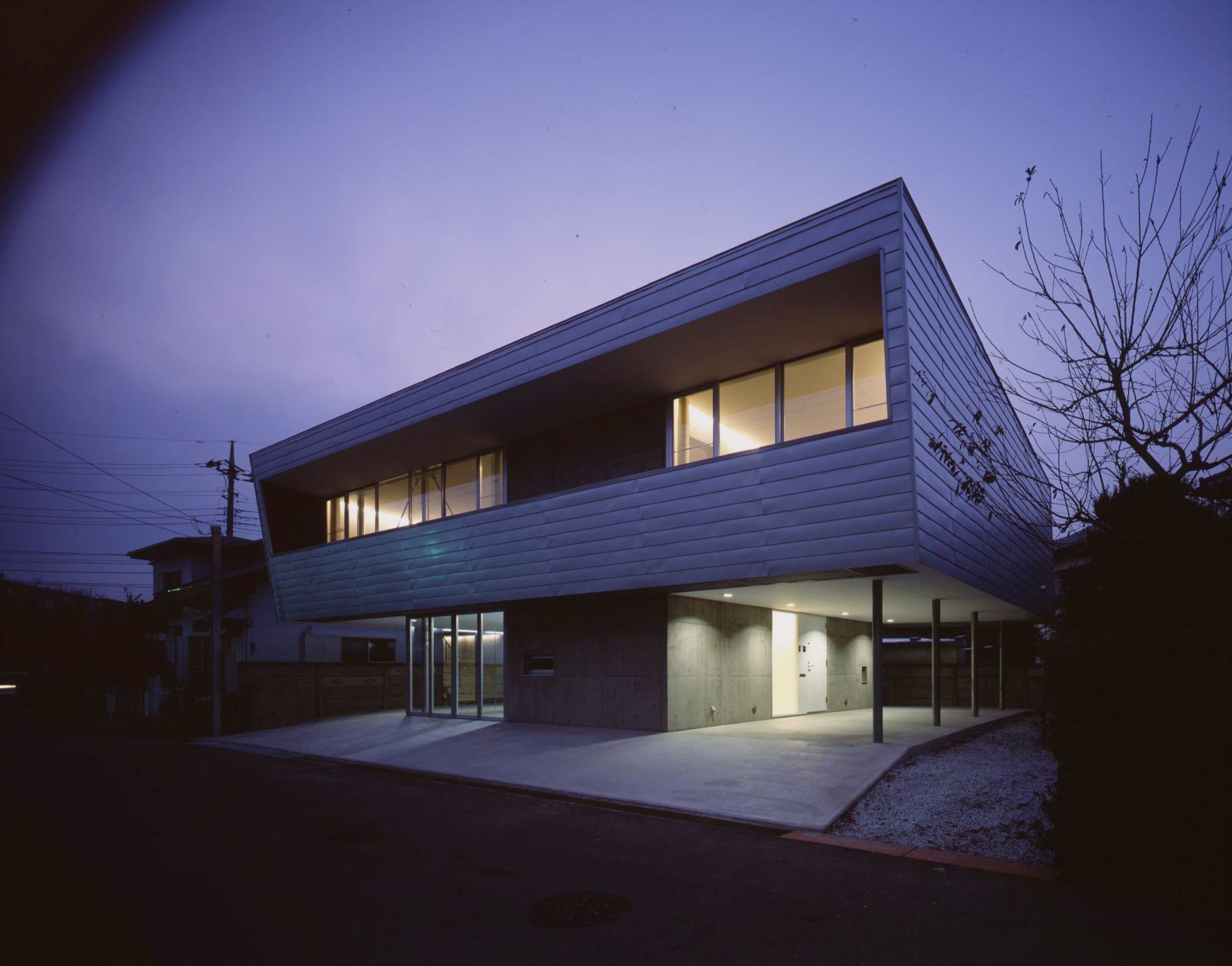 House in Sakado / LEVEL Architects