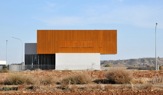 Courtesy of Simpraxis Architects
