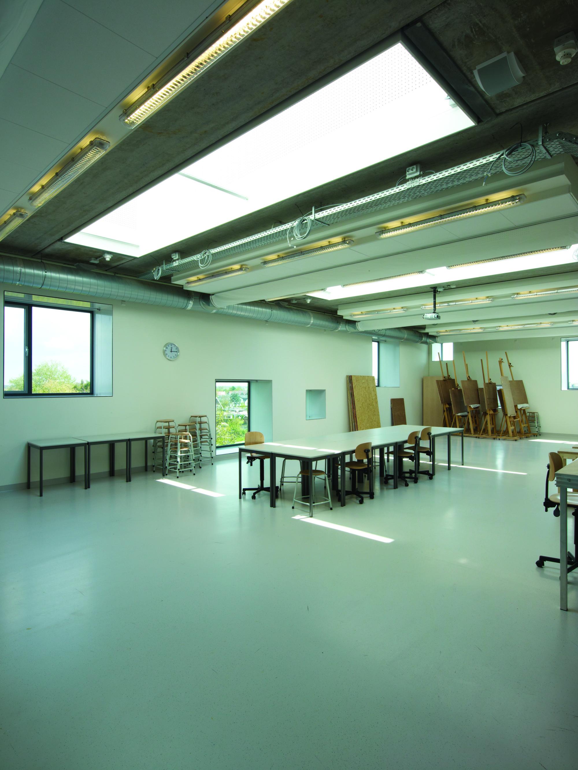 Pier K Theatre and Arts Centre / Ector Hoogstad Architecten