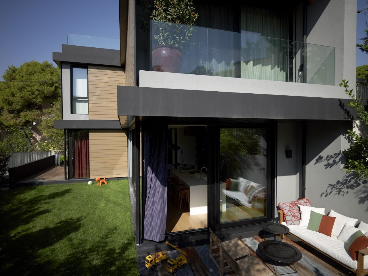 Single Family House in Kifisia / Spacelab Architects