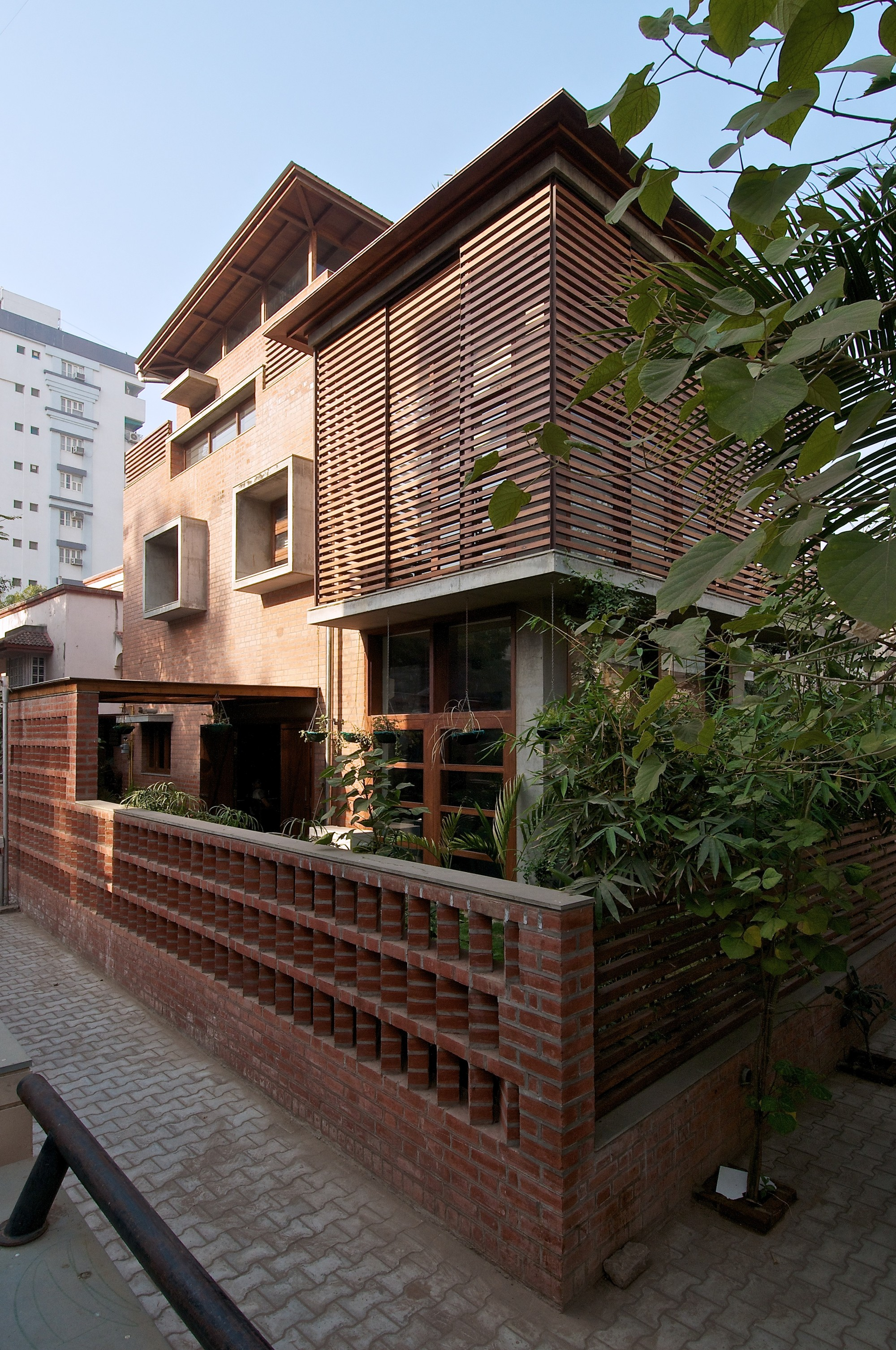 Gallery of the green house hiren patel architects 3 Home design furniture ahmedabad