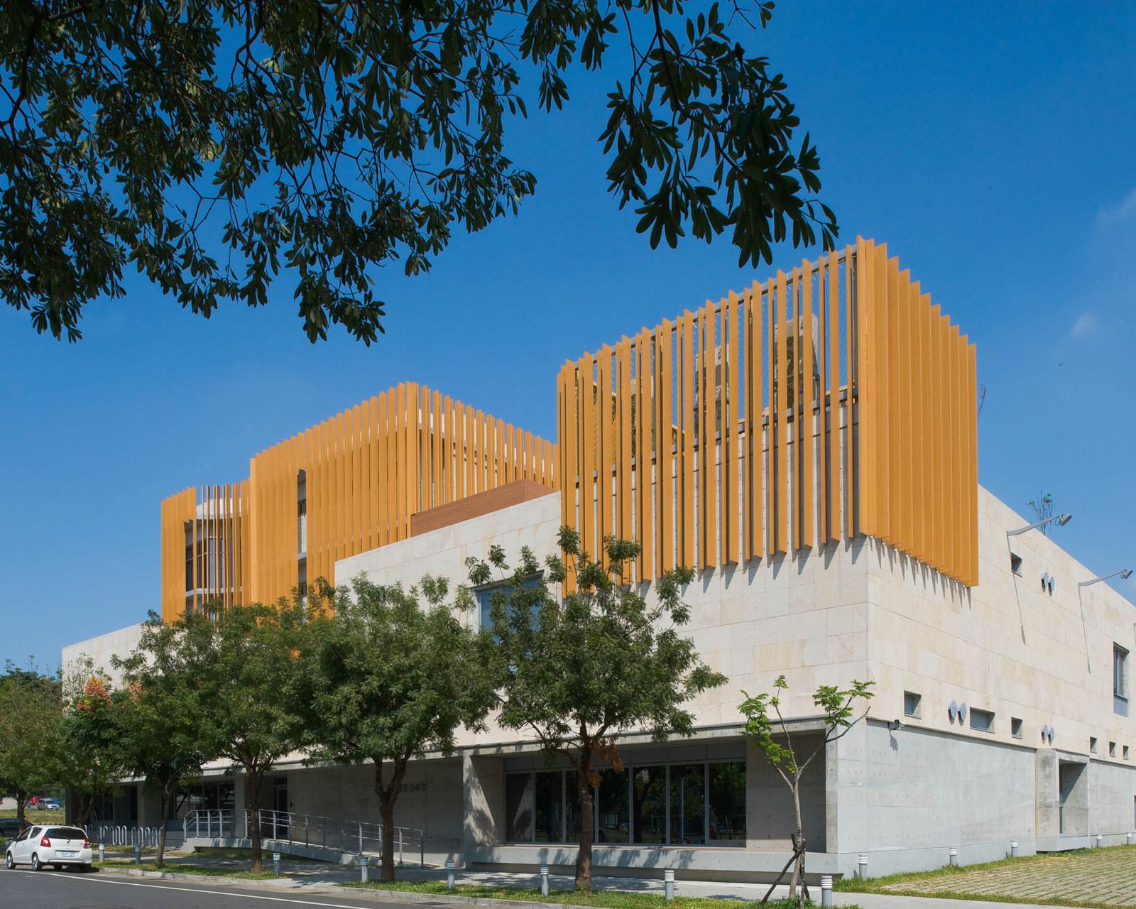Yuwen Library  / MAYU architects