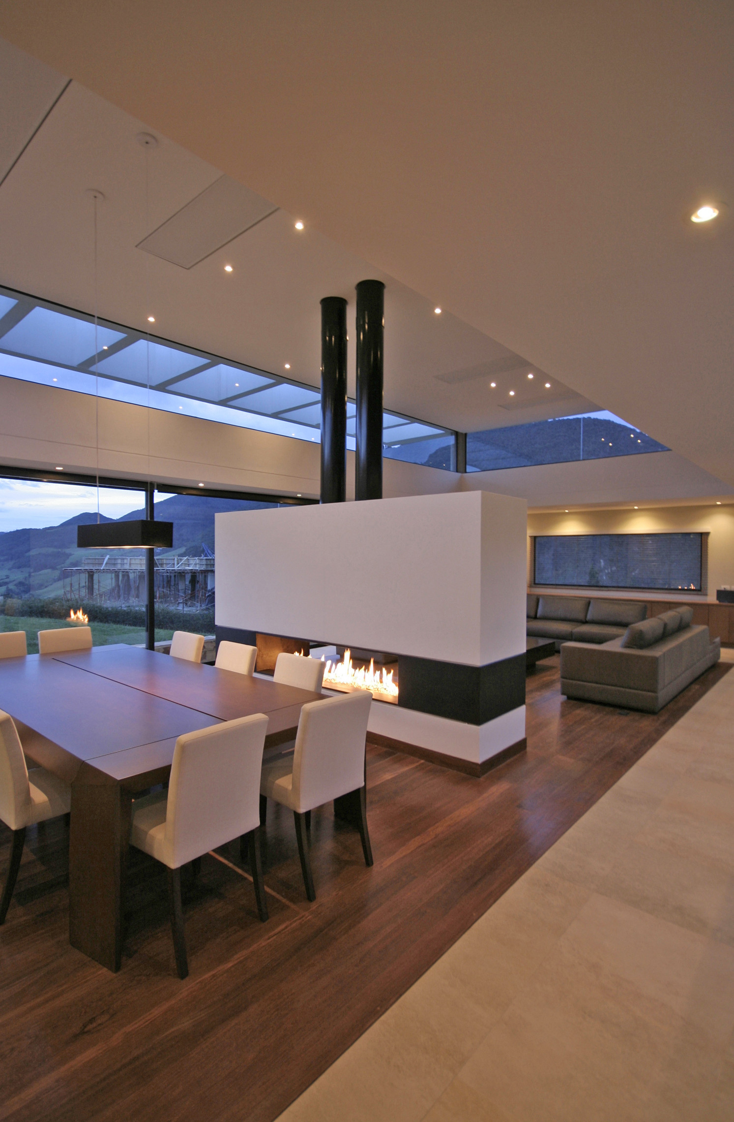Gallery of ar house campuzano architects 22 for Ar interior decoration llc