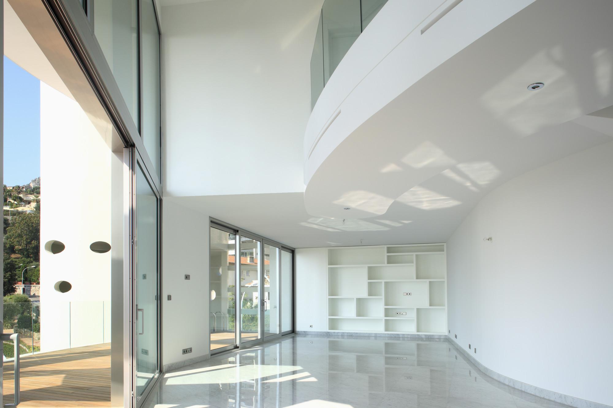 The Simona / Jean-Pierre Lott Architecte