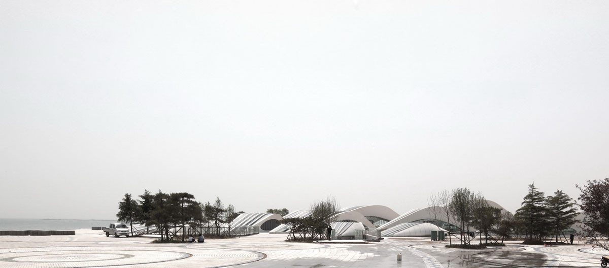 Visitor Center / HHD_FUN Architects