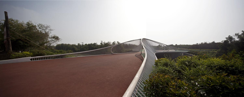 Pedestrian Bridge / HHD_FUN Architects, © Zhenfei Wang