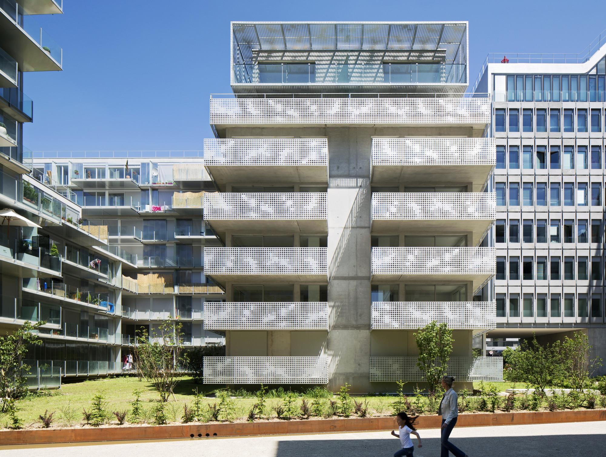gallery of 54 logements zac seguin rives de seine phd architectes 2. Black Bedroom Furniture Sets. Home Design Ideas