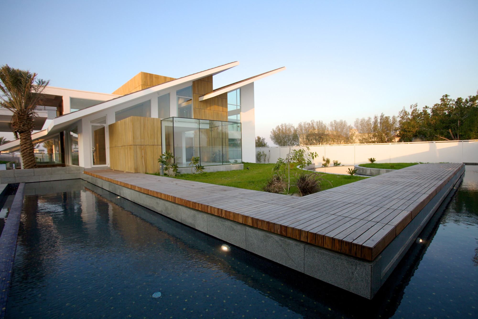 Gallery of Bahrain House / MOIQ - 34 - ^