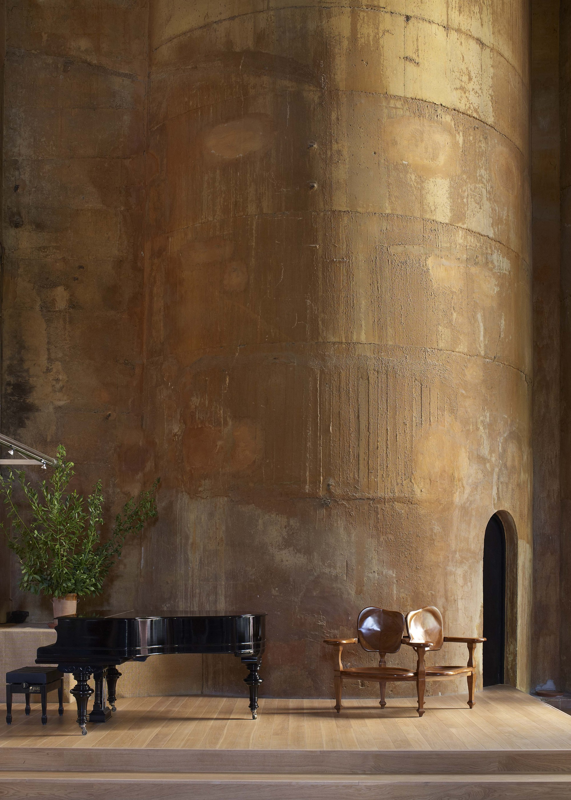 gallery of the factory ricardo bofill 17. Black Bedroom Furniture Sets. Home Design Ideas