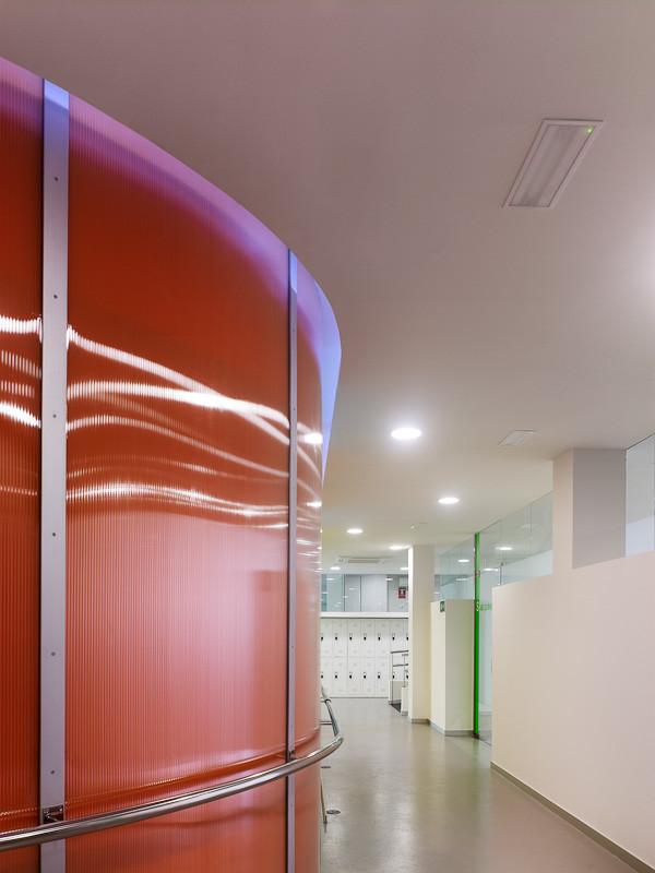 Urban Day Care Center for Alzheimer Patients / Cid + Santos