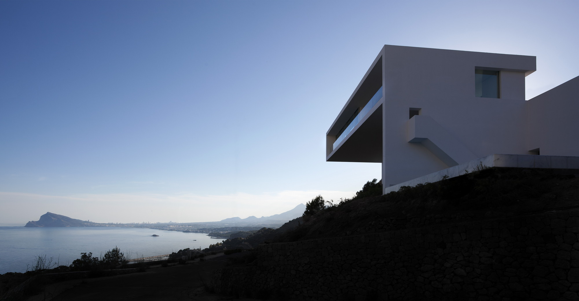 Gallery of house on the cliff fran silvestre arquitectos 2 - Fran silvestre arquitectos ...