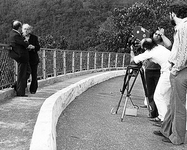 Oscar Niemeyer and Vinicius de Moraes being photographed in 35mm by Jose Sette
