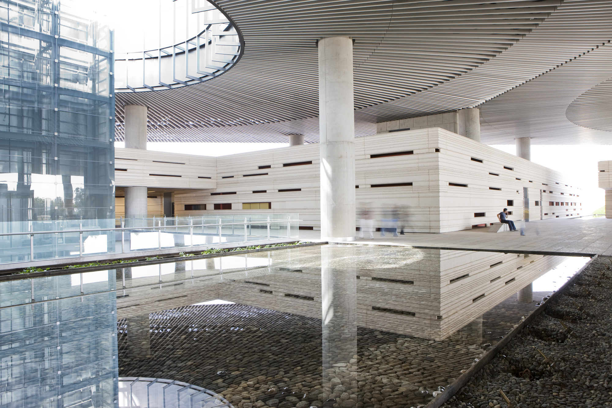 Call Center Querétaro / Studio Lamela Architects