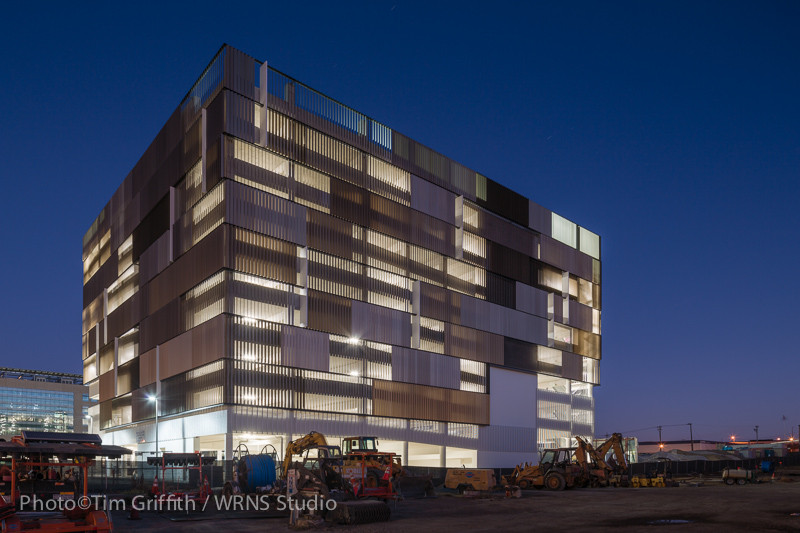 UCSF Mission Bay Parking Structure / WRNS Studio, © Tim Griffith