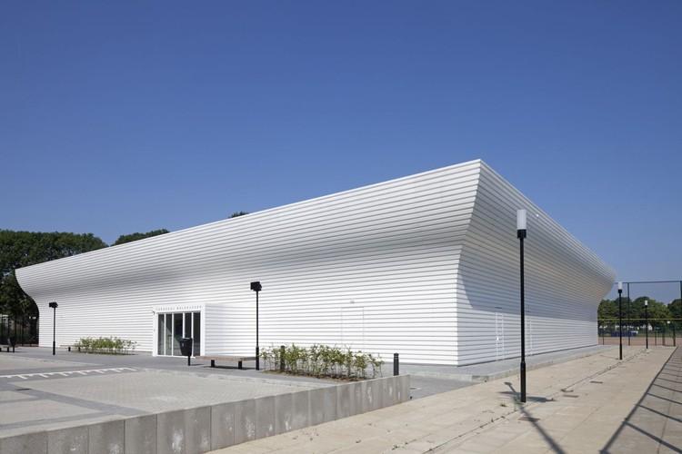 Gimnasio TNW / NL Architects, © Luuk Kramer