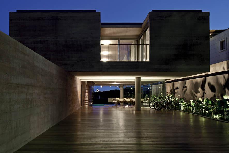 Boaçava House / Una Arquitetos