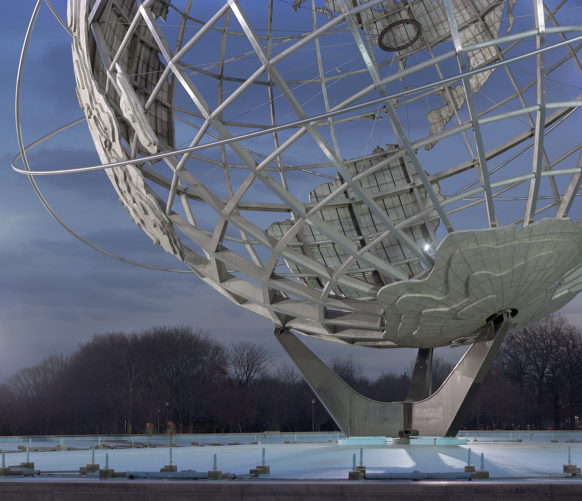 Photography: When World Fairs End / Jade Doskow