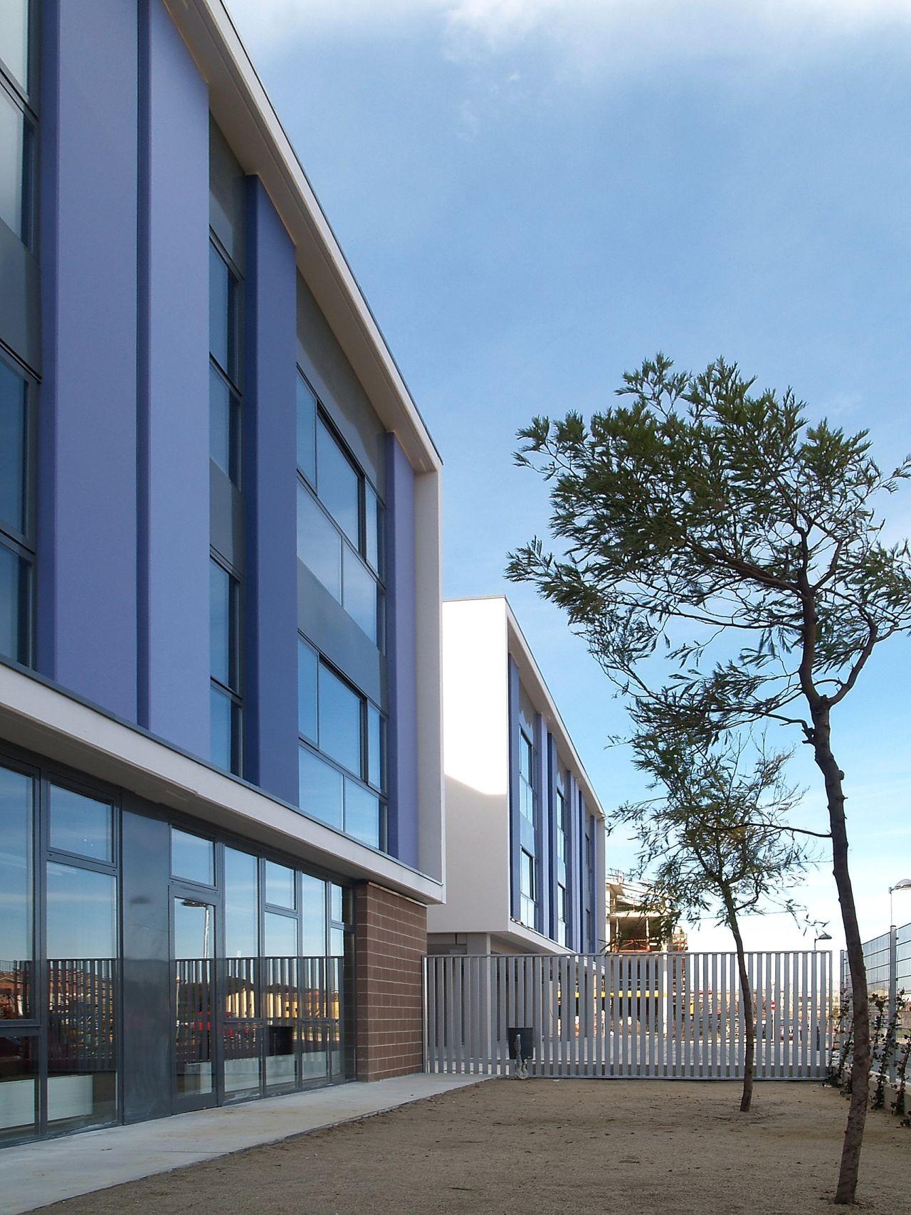 Secondary School Pla Marcel / ONL Arquitectura