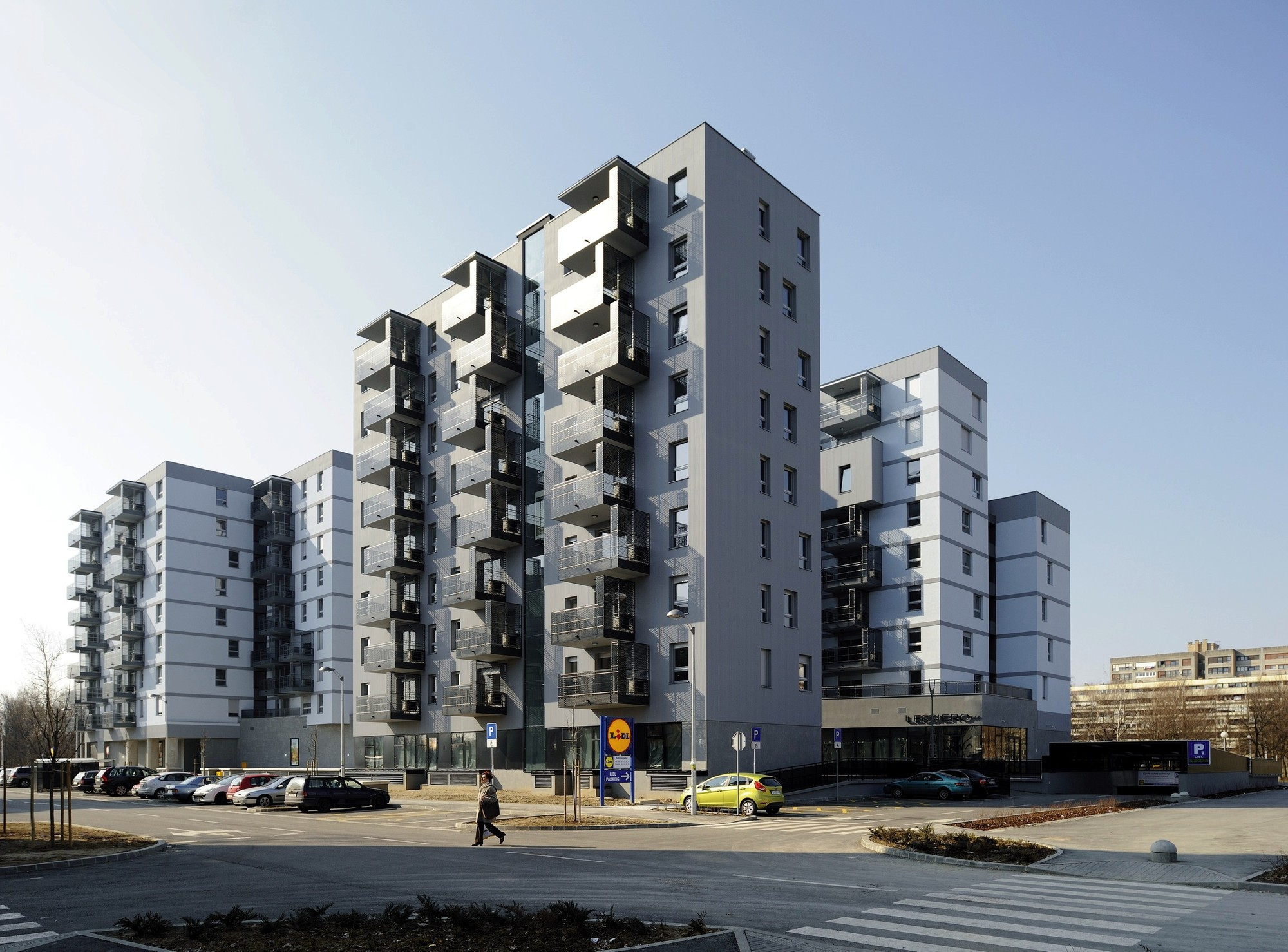 Savica business residential building studio za for Residential architect