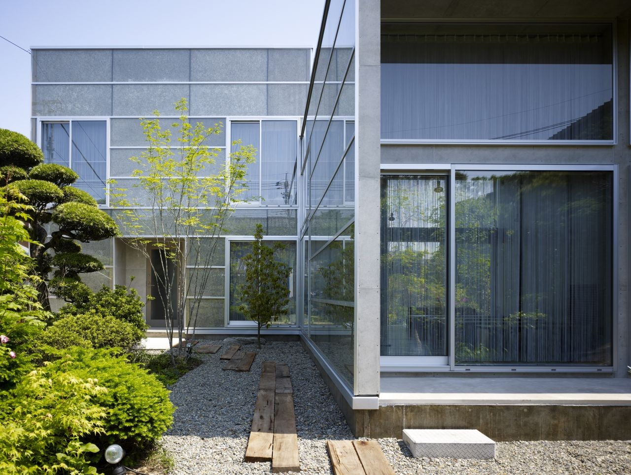 Garden House / Kochi Architect's Studio, © Daichi Ano