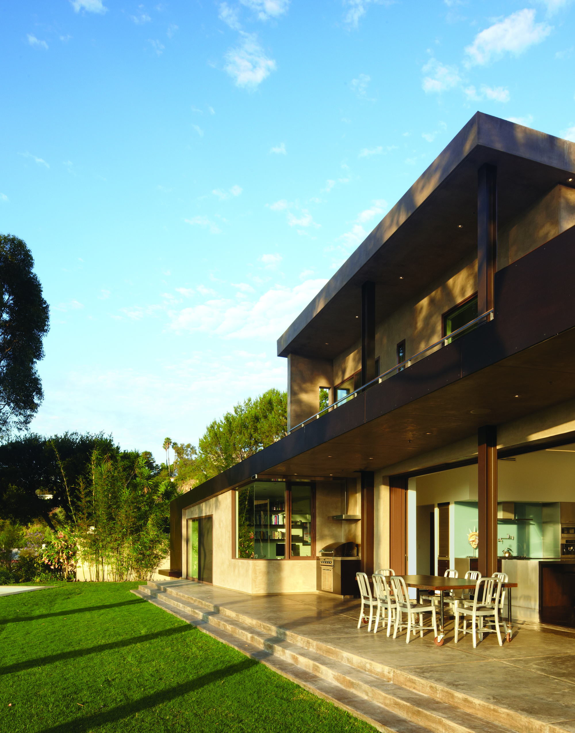 Mandeville Canyon Residence / Griffin Enright Architects