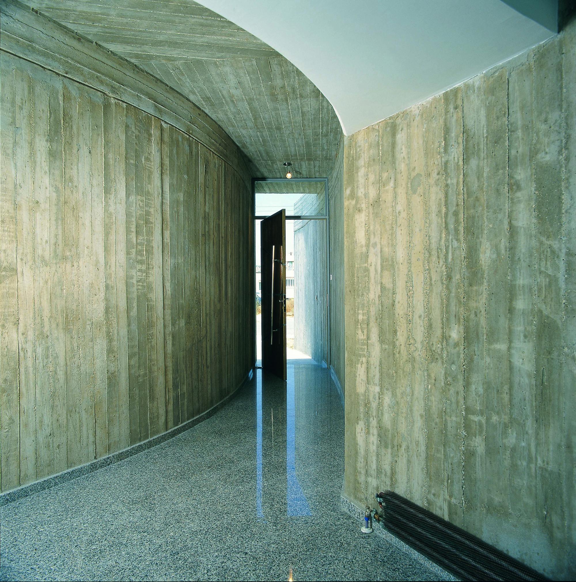 Flashback: Maria's Residence / Vardastudio Architects & Designers