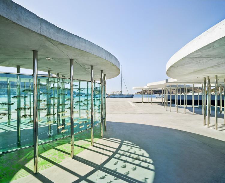 Urbanización Del Muelle De La Terminal De Cruceros, Puerto De Cartagena  / Martín Lejarraga