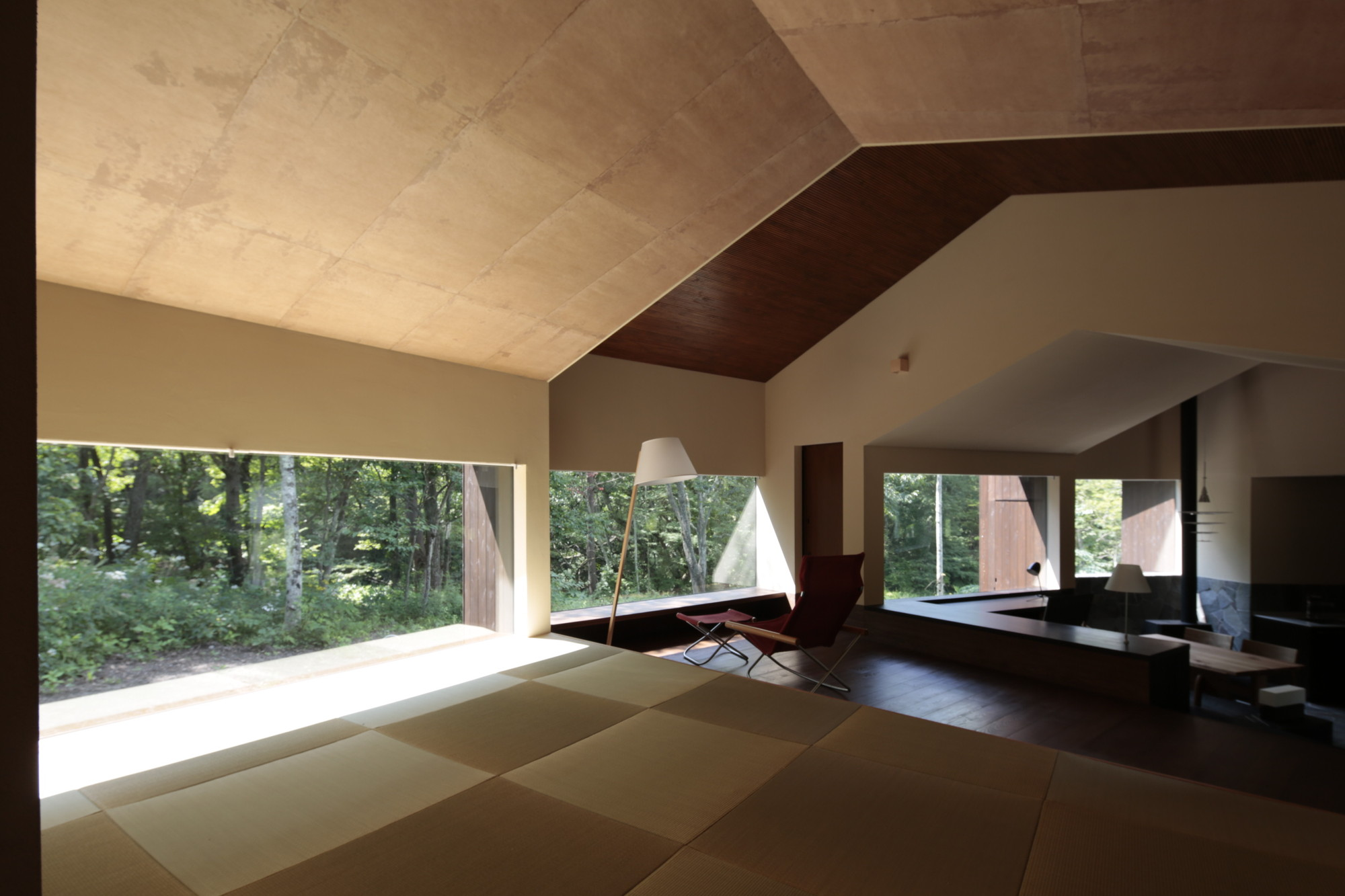 Rooms That Follow The Scenery / ON design partners