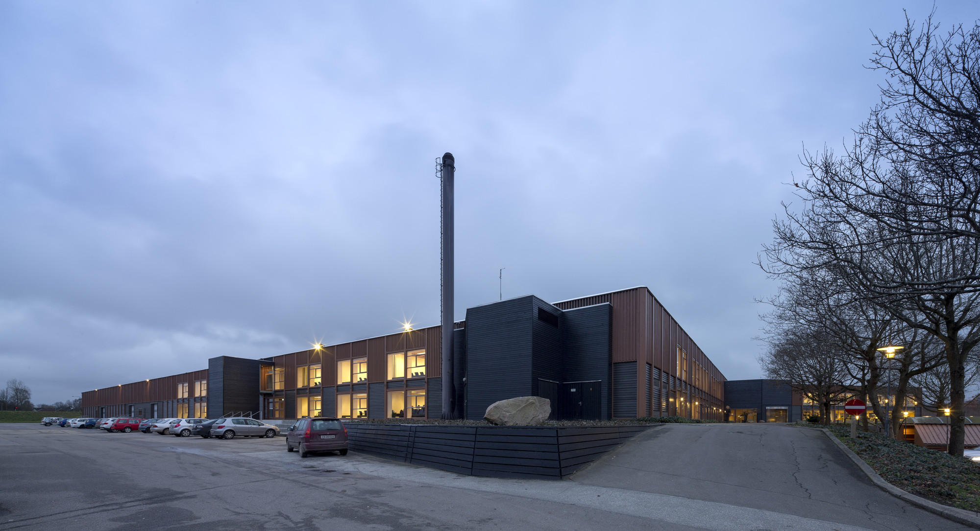 IBC Innovation Factory / SHL Architects