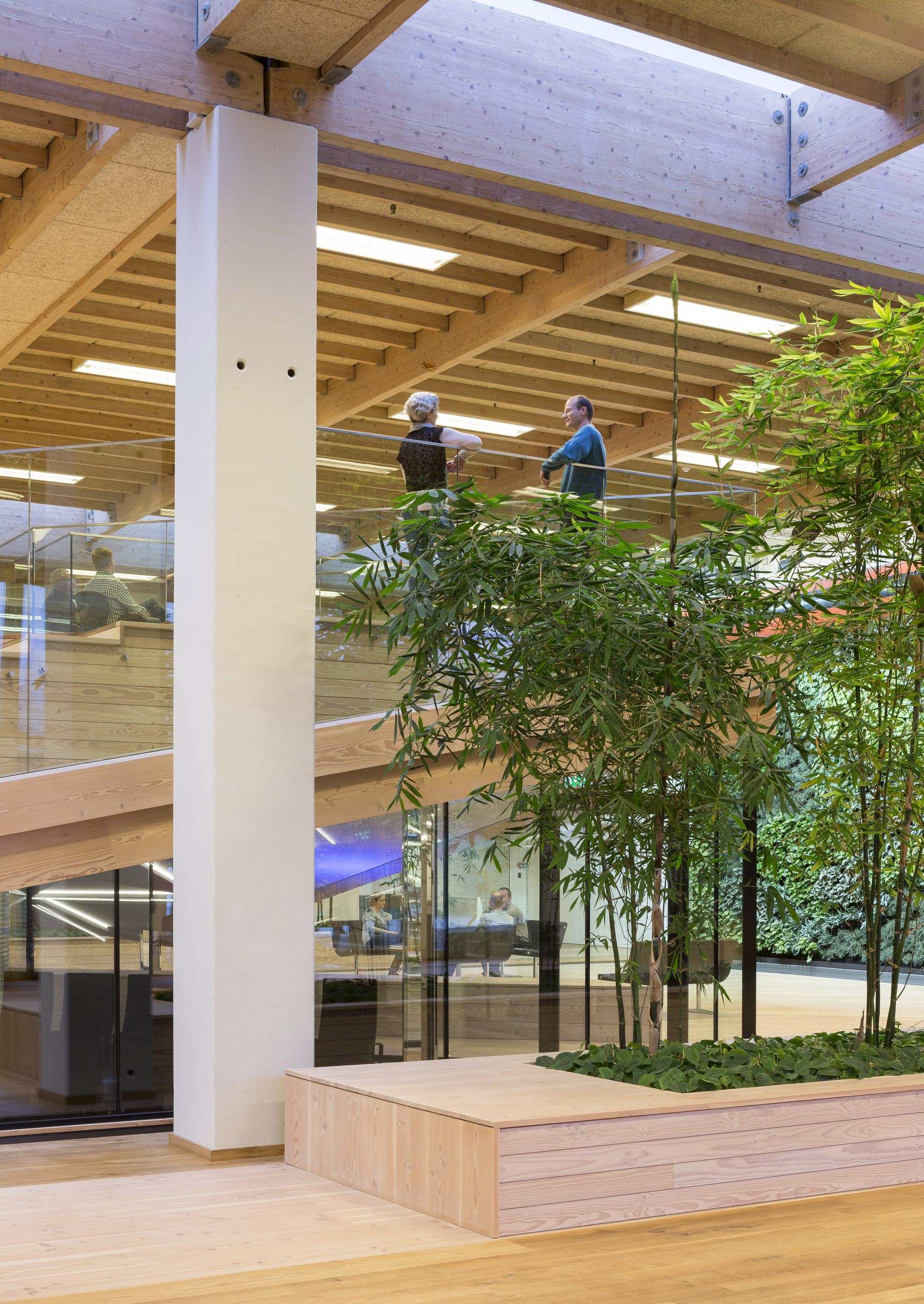 IBC Innovation Factory / SHL Architects