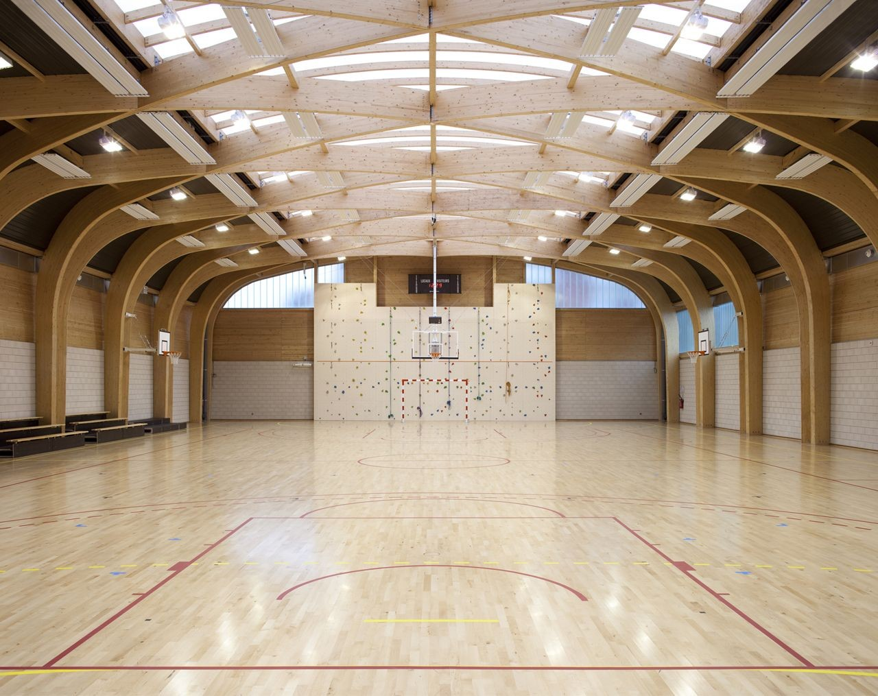 Gallery of gymnasium r gis racine atelier d 39 architecture for Schule design