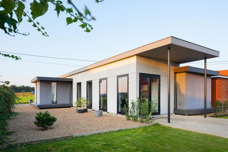 Casa de madera de bajo consumo energético / AST 77 Architecten, © Marcel Van Coile