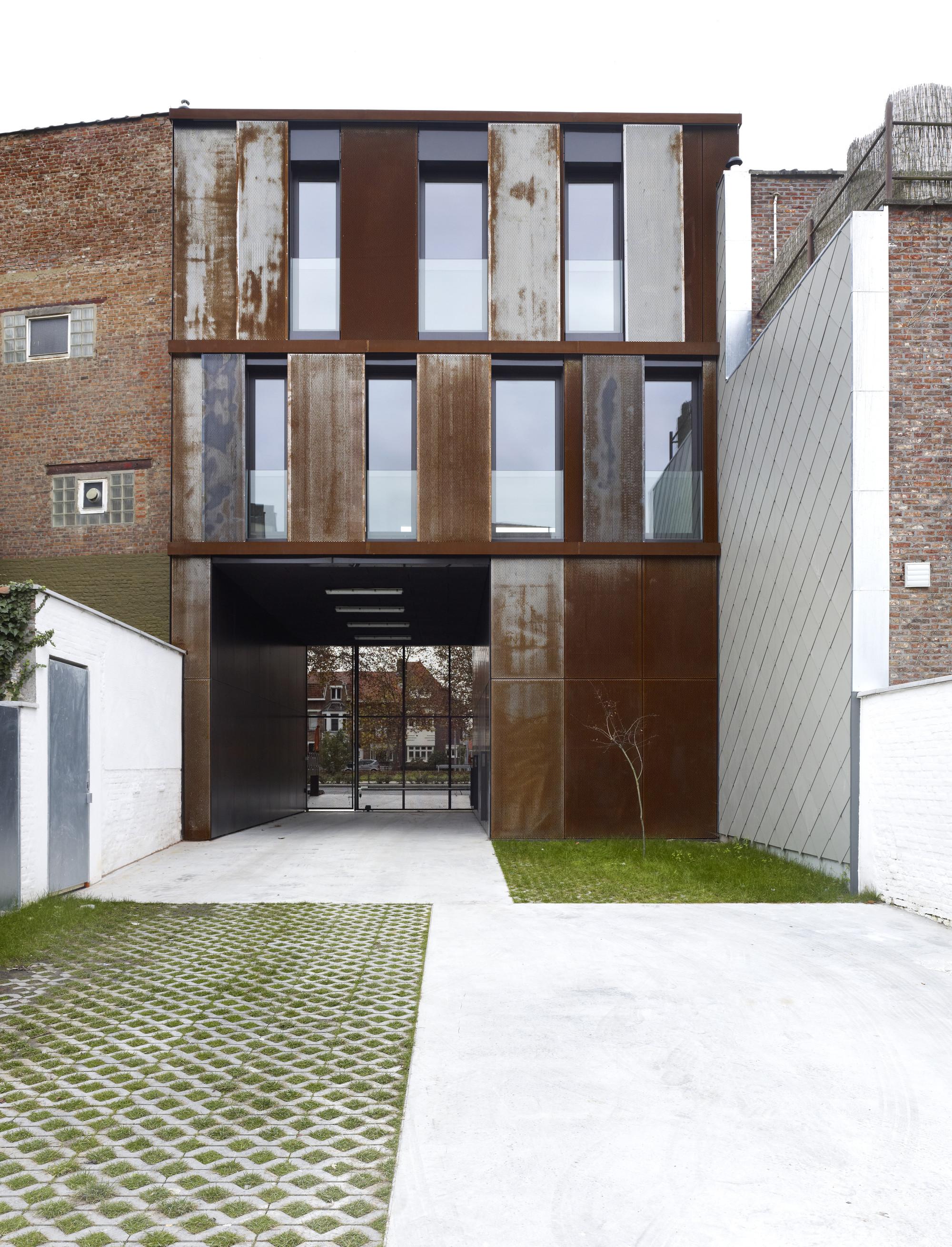 Apartments BUSO / dmvA Architecten