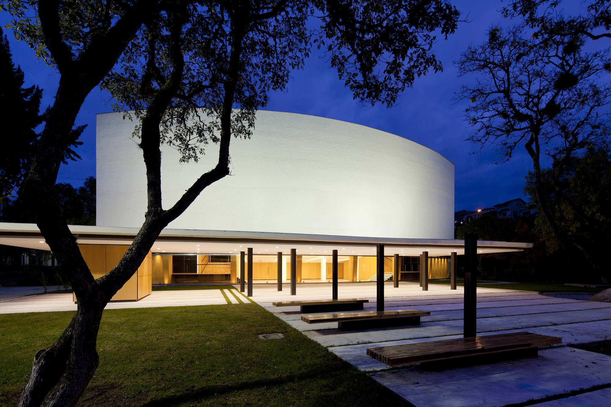 University of Cuenca Theater  / Javier Durán, © Sebastian Crespo