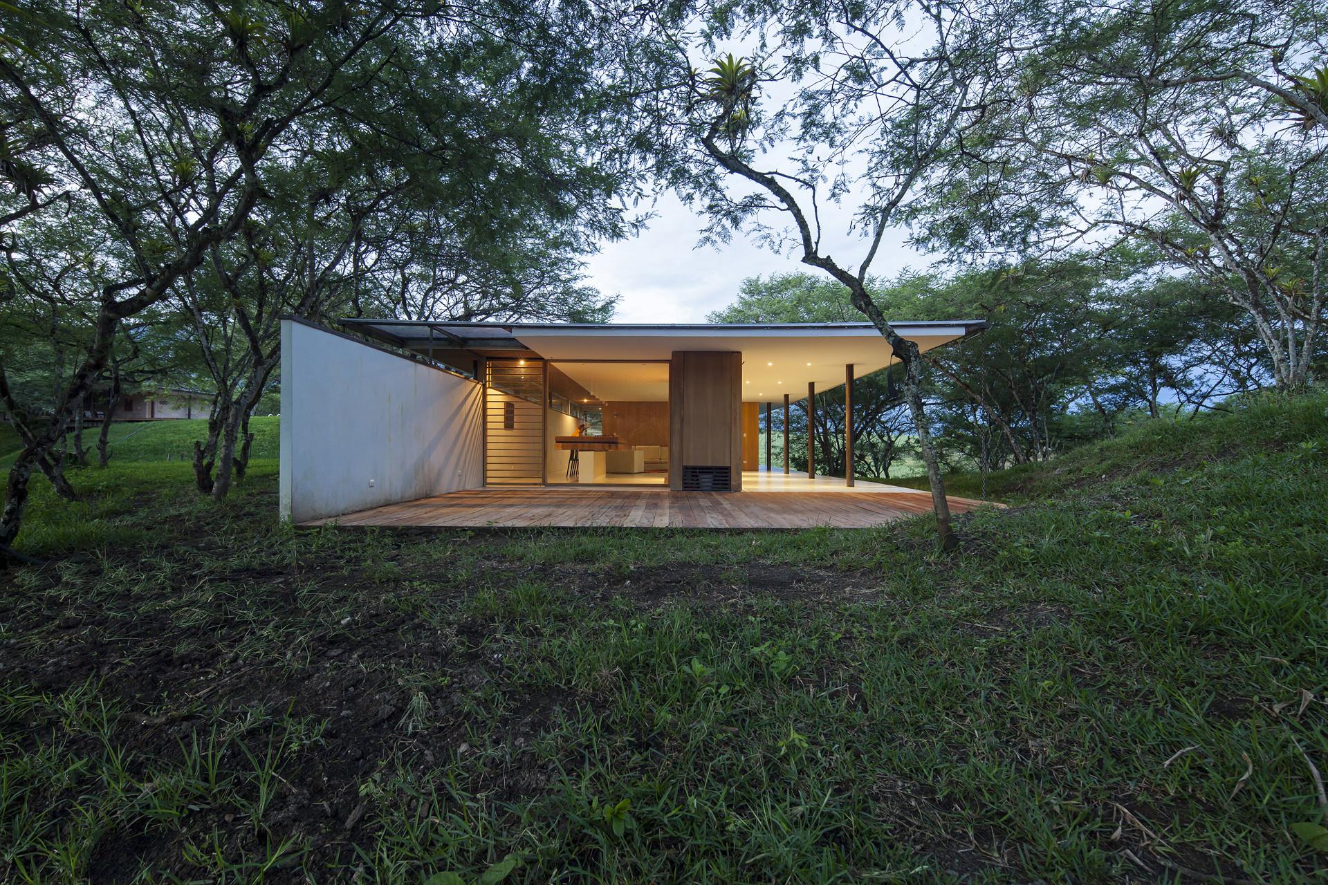 Los Faiques Dwellings / DURAN&HERMIDA arquitectos asociados, © Sebastián Crespo