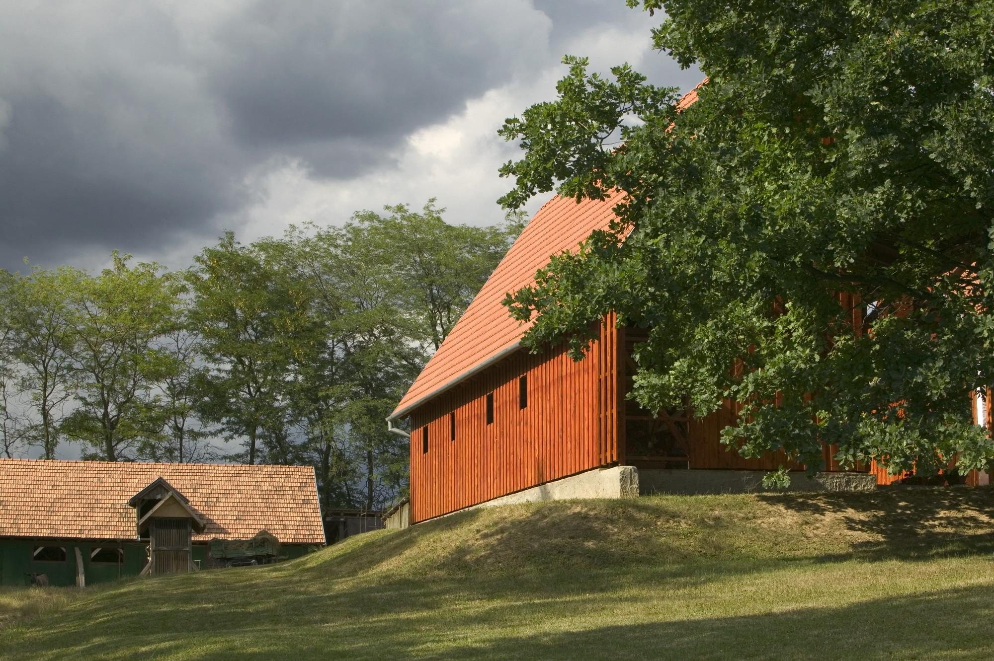 Franciscan Chapel / SAGRA