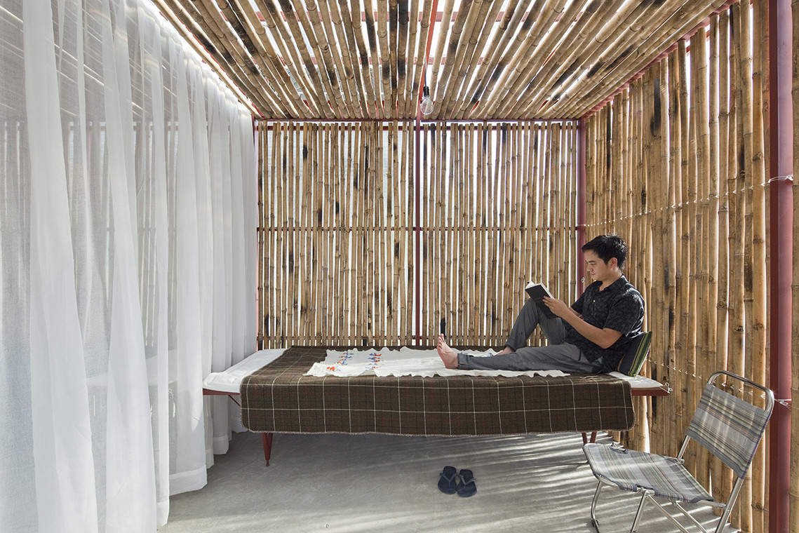Low Cost House / Vo Trong Nghia Architects