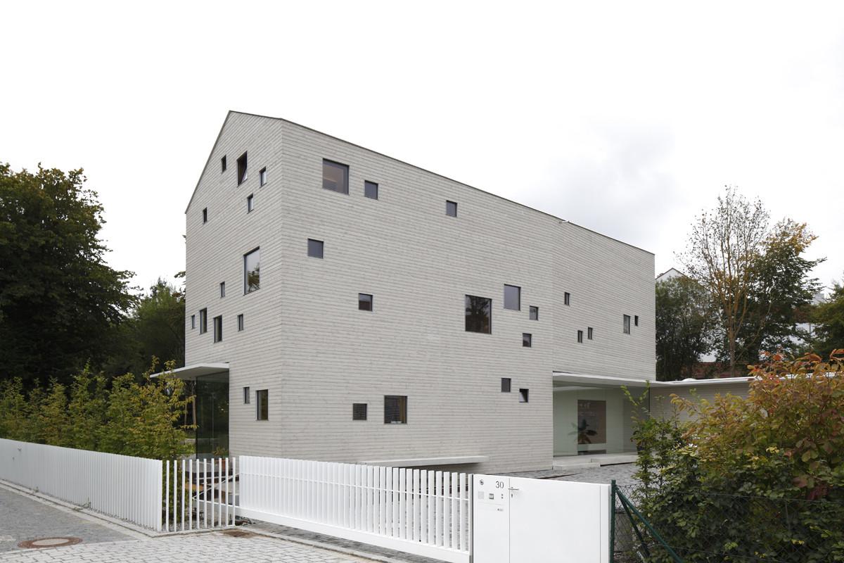 House J / Bembé Dellinger Architekten, © Stefan Müller Naumann