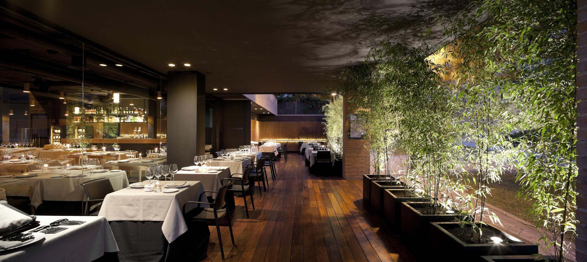 Al Punto Restaurant / Estudio Mariano Martin