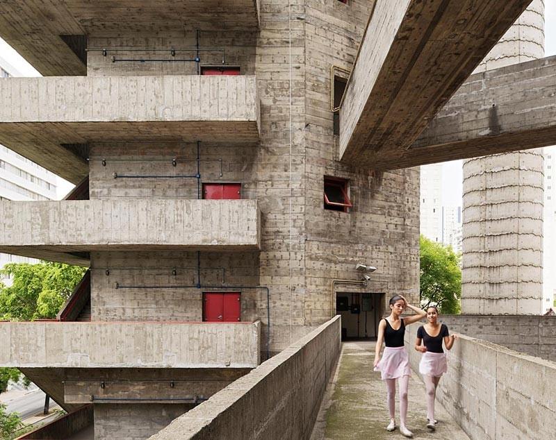 Brutalist Connections: Arquitectura Brutalista Expuesta, Sesc Pompéia / Lina Bo Bardi © Iñigo Bujedo Aguirre