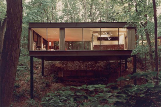 Ben Rose House, 1952-54, designed by A. James Speyer. Image via Mid-Centuria.