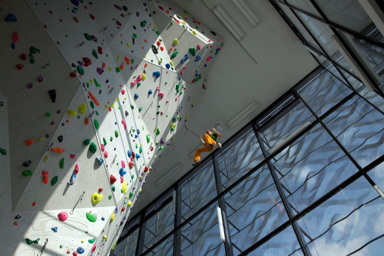 Indoor Rock Climbing / W. Meraner - M. Mutschlechner