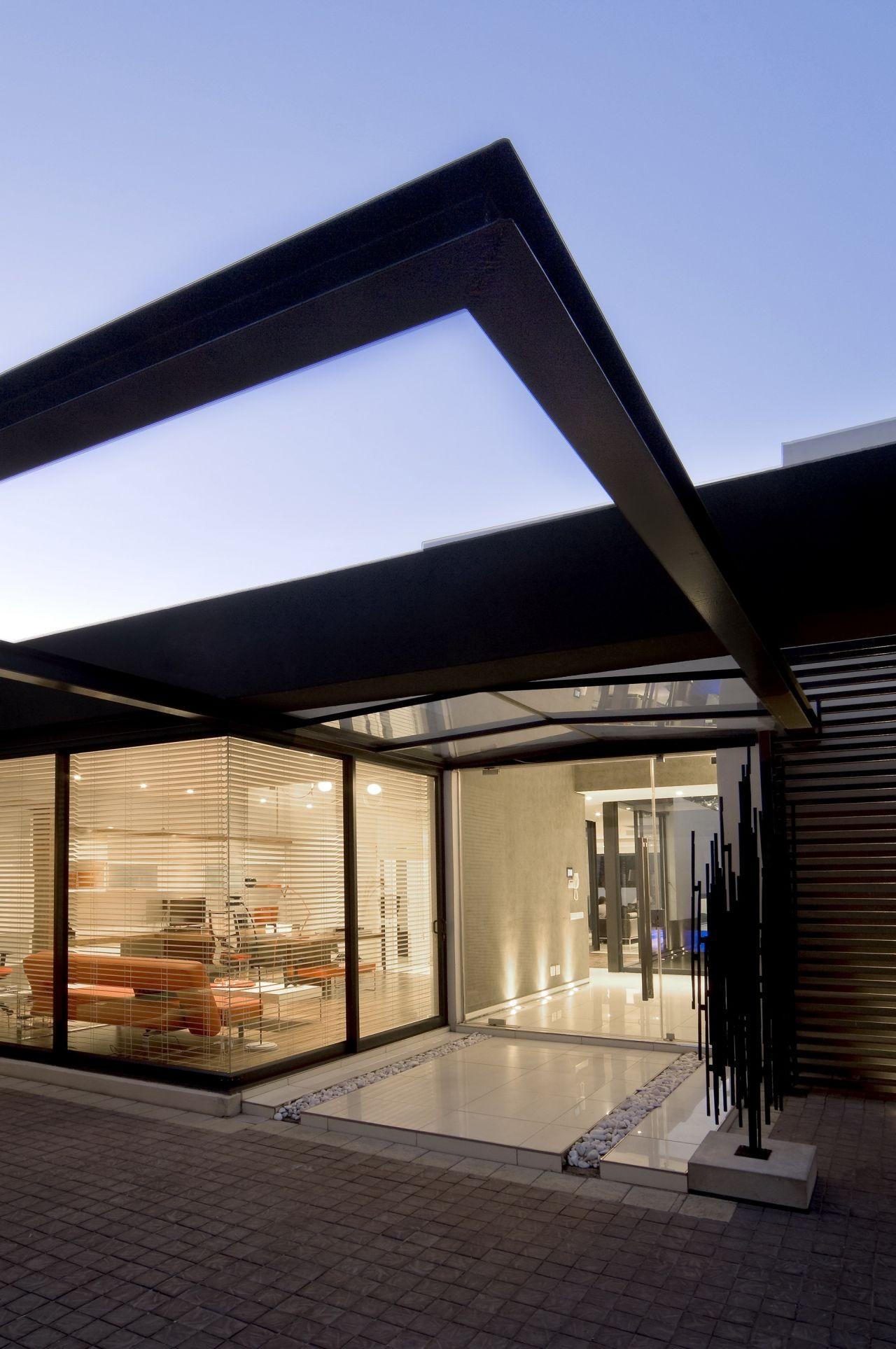 House Mosi / Nico van der Meulen Architects