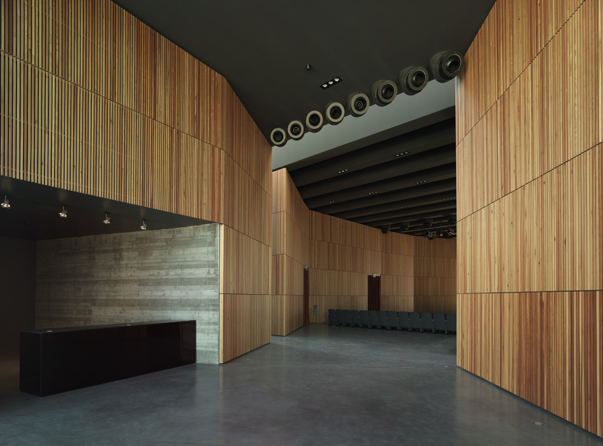 New Theatre in Montalto di Castro / MDU Architetti