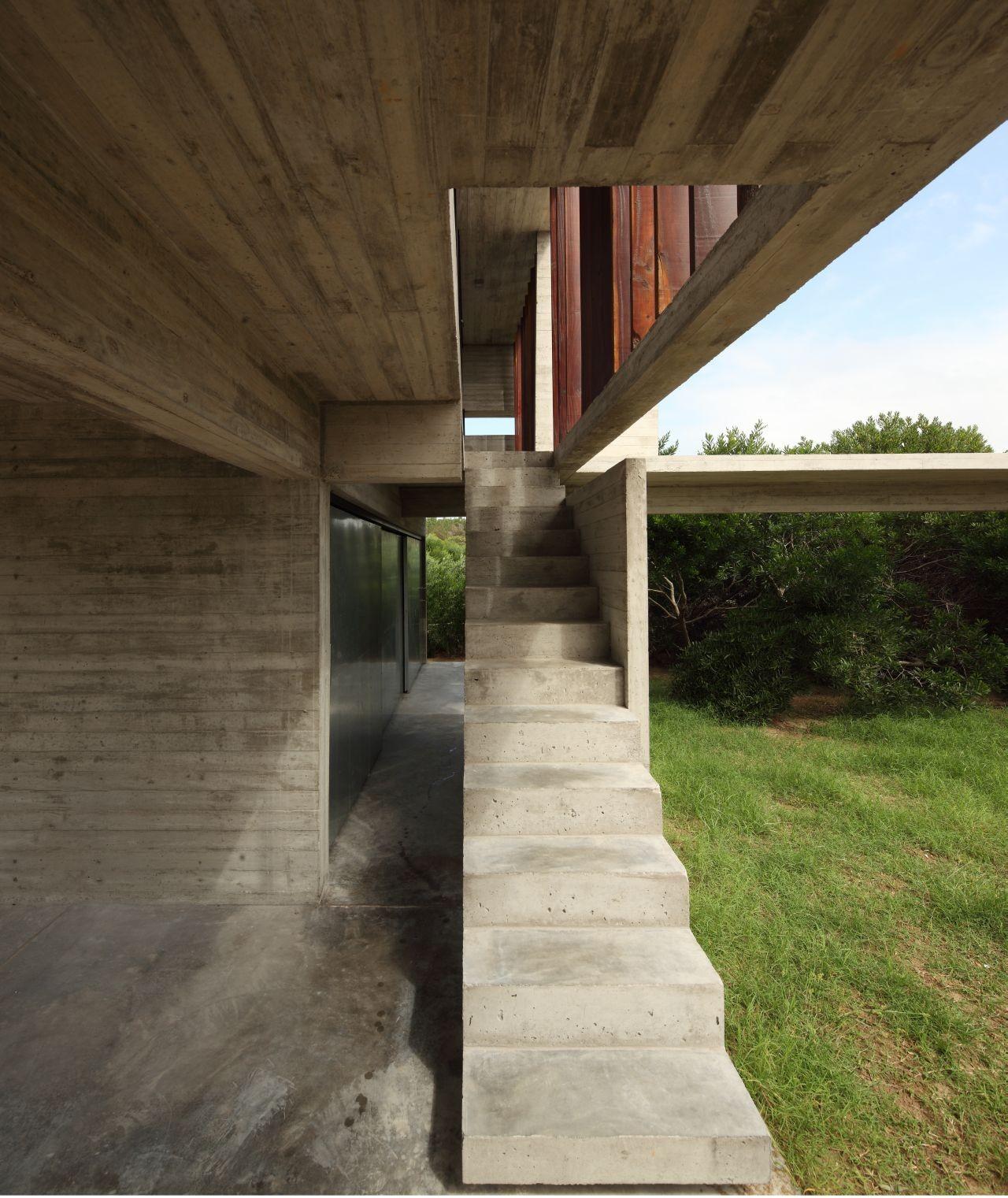 Costa Esmeralda House / BAK Architects