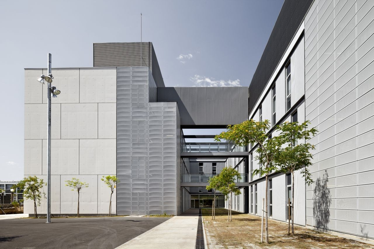 Research Center in Sustainable Chemistry - Tarragona University  / taller 9s arquitectes